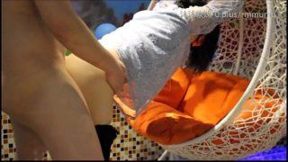 摇篮里的美人,扒下内裤道具玩弄,手扶摇篮后入爆草 (2)