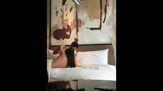 【国产 无码 China】宾馆拍摄狂操小女友被怀疑只能霸王强上弓