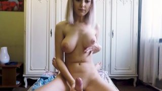 Stepsister made her stepbrother cum just before mom came home