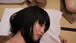 在女朋友面前上了她的闺蜜紧张的不敢叫出声(约炮+V:payou789)
